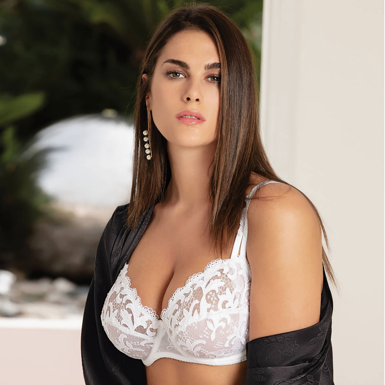 coupon code new arrivals vast selection Demi Bra, Acanthe Arty Blanc, Eprise Lise Charmel BCG3007-BL